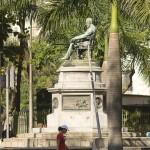 Monumento a José de Alencar Está localizado na praça José d